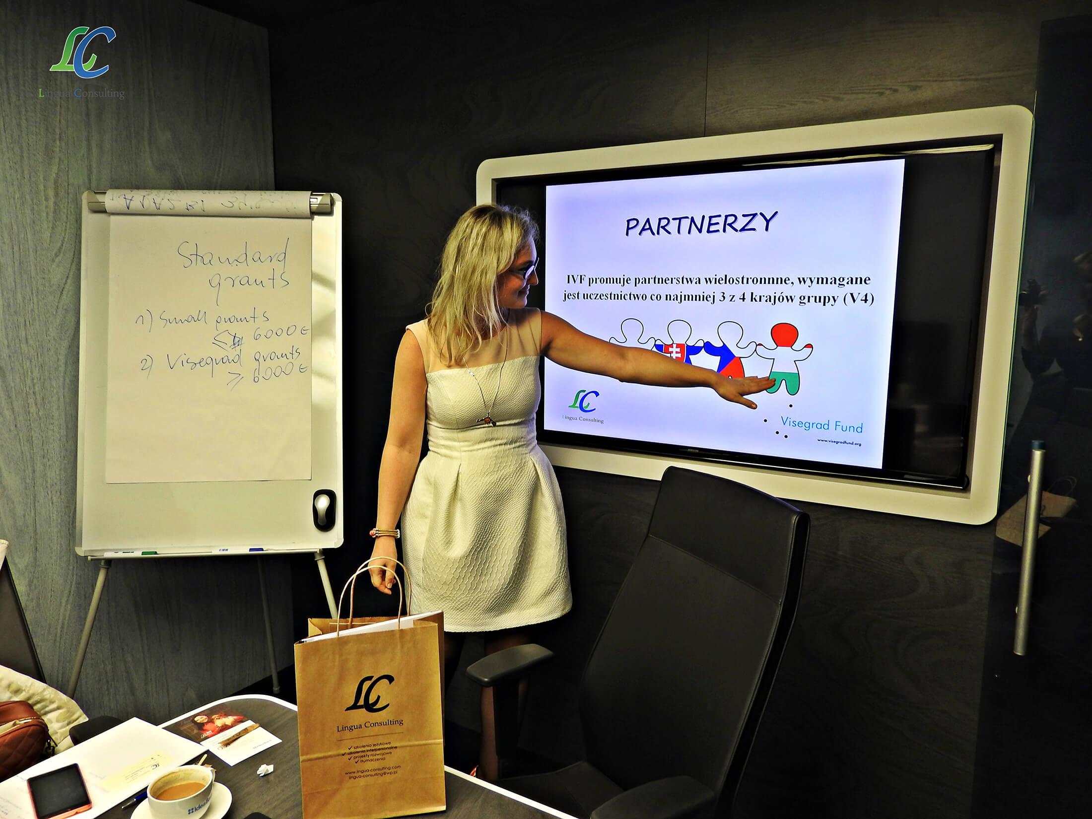 zdjęcie- szkolenia dla placówek oświatowo-wychowawczych